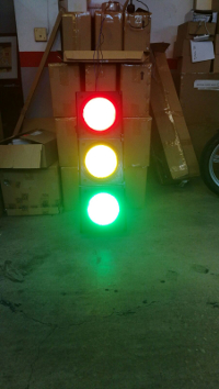First traffic light WOP (Without Obsolescence Planned) of the world, made in Catalonia by «Light and Life» (http://www.lightandlife.es).